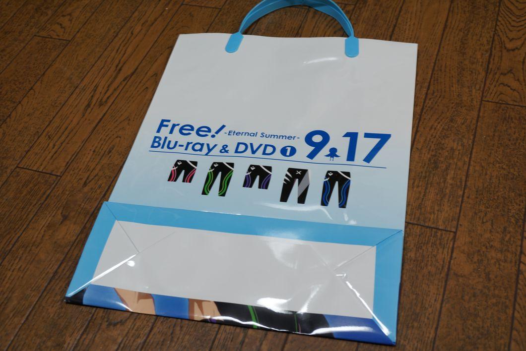 コミックマーケット86 C86 Free!巨大広告はSummer Vacationセットのポスターイラストだった件